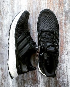 Ultra Boost 2.0 'Core Black' (via Wapsky)