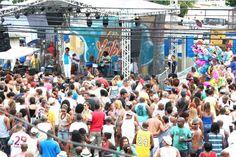 A Feira das Yábas do mês de março terá mais uma vez o carnaval como tema, desta vez, no domingo, dia 9, as tias de Madureira recebem o tradicional Cordão do Boitatá para uma ressaca de carnaval.