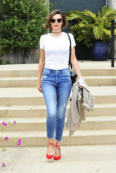 How Miranda Kerr Wears Cropped Skinny Jeans (Le Fashion) Skinny Jeans Style, Cropped Skinny Jeans, Denim Style, Casual Outfits, Fashion Outfits, Fashion Trends, Dress Outfits, Net Fashion, T-shirt Und Jeans