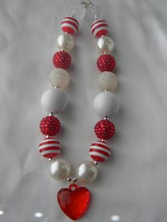 Sweetheart-Childrens chunky bead necklace