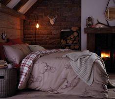 Oryginalny design, tradycyjne nordyckie wzornictwo w serii British Home - krata i renifery przenoszą Nas bliżej bieguna północnego, a tym samym nastrajają świąteczną atmosferą.