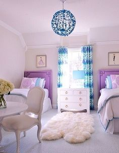 A beatiful room for twins or sisters