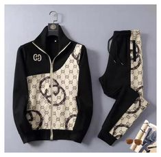 Swag Outfits Men, Gucci Outfits, Casual Outfits, Designer Tracksuits, Mens Activewear, Mens Sweatshirts, Mens Fashion, Clothes, Stylist Pick
