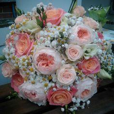 """Bridal bouquet, David Austin """"Juliet"""" Roses, Miss piggy Roses, Tanecetum"""