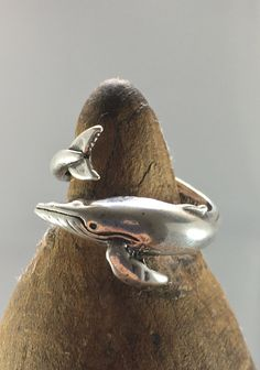 Vintage Sterling Silver Humpback Whale Wrap Ring Artisan Hand Crafted SZ 8.25 Adjustable, Signed, 925 Silver Sterling Jewelry, Sterling Silver Rings, Humpback Whale, Best Wear, Statement Rings, Hippie Boho, 925 Silver, Artisan, Crafts
