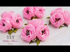 Diy Ribbon Flowers, Ribbon Flower Tutorial, Cloth Flowers, Kanzashi Flowers, Burlap Flowers, Fabric Roses, Ribbon Art, Ribbon Crafts, Flower Crafts