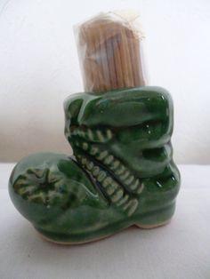 http://de.dawanda.com/product/43439838--Vintage-Zahnstocherhalter-?partnerid=affilinet