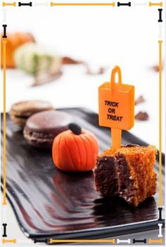 Halloween treats for our guests at the Fitzwilliam Hotel - no tricks just treats Spooky Decor, Samhain, Halloween Treats, Trick Or Treat, Dublin, Dishes, Holiday, Vacations, Tablewares