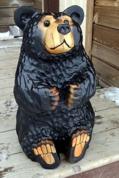 chainsaw carving carved bear in stump welcome bears grizzly bears Ice Sculptures, Sculpture Clay, Abstract Sculpture, Bronze Sculpture, Chainsaw Wood Carving, Wood Carving Art, Whittling Projects, Tiki Statues, Tree Carving