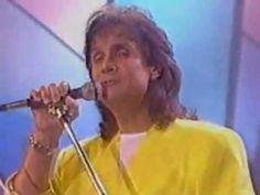 Roberto Carlos - Você é minha - YouTube