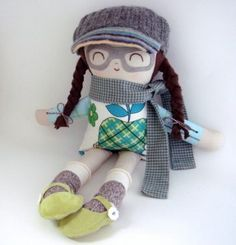 Too sweet: Handmade dolls with patches and glasses!