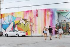 One of our favourite places to visit when travelling to Miami, Florida is the vibrant art district of Wynwood. A couple of weeks ago, we were fortunate to sneak in a quick trip and made sure to make an afternoon in #Wynwood a top priority. #cambiedesign #Miami #Florida #cambietravels #cambieblog