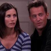 Dans Friends Chandler Avait Un Message Pour 2020 C Etait Il Y A 17 Ans Sou Dans Frien In 2020 Detox Martina Dan
