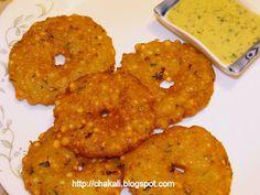 Chikwadya in English साधारण २० मध्यम चिकवड्या साहित्य: १/२ कप साबुदाणा १/२ टीस्पून मीठ साबुदाणा भिजवायला पुरेसे पाणी कृती: १. Indian Food Recipes, Vegetarian Recipes, Ethnic Recipes, Tandoori Chicken, Menu, Potatoes, Foods, Calligraphy, English