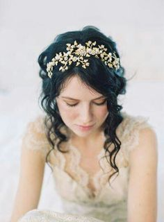 Wedding hair accessories, wedding crown Wood Nymph - Style no. 2048 Wedding hair accessories wedding crown by EricaElizabethDesignWedding hair accessories wedding crown by EricaElizabethDesign Headpiece Wedding, Wedding Veils, Bridal Headpieces, Bridal Headbands, Wedding Garters, Wedding Gold, Flower Headpiece, Wedding Dresses, Vintage Bridal Hair