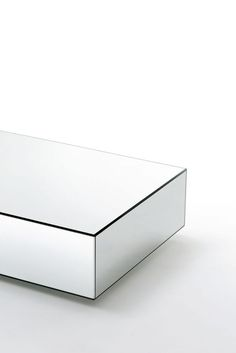 I MASSI design Claudio Silvestrin | Low tables
