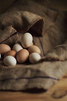 Eggs au naturel. I love those natural earthy tones.