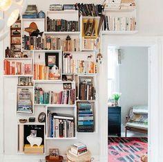 Books & floating shelves