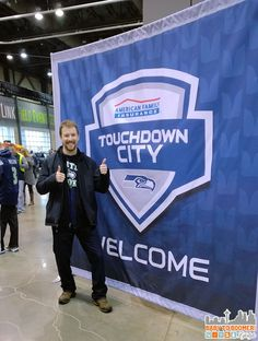Verizon Experience at Touchdown City, CenturyLink Field #VZWBuzz #MoreSeattle ad