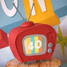 Retro TV Cake