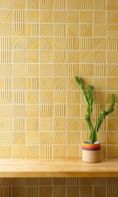 A collaboration between Portland designer Kristine Morich and Clayhaus Modern Tile has resulted in a collection of geometric ceramic tiles called Signal.Signal Tile by Kristine Morich X Clayhaus Modern Tile Decoration Design, Decor Interior Design, Interior Decorating, Decorating Games, Keramik Design, Goods Home Furnishings, Tiles Texture, Wall Texture Design, Ceramic Texture