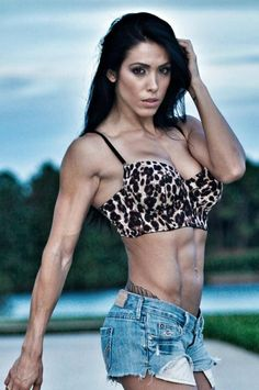 Bella Falconi - Fitness model and fitness trainer http://hubpages.com/sports/Female-Fitness-Models-and-Female-Fitness-Competitors-4  #fit #fitness