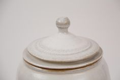 Detalles de la tapa de un purificador de Cerámiko en color Blanco