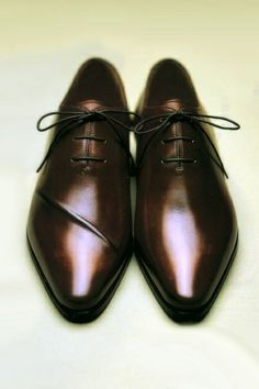 Brown Dress Shoes for Men | Click on image to visit www.pooz.com