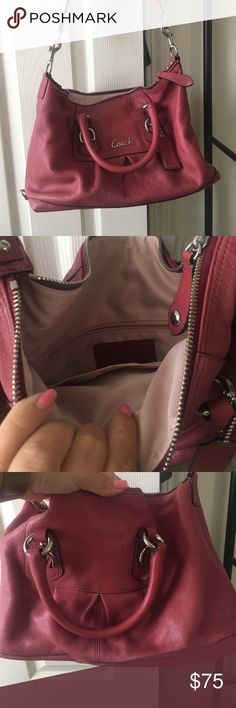 Coach should bag Maroon coach shoulder bag. Could use a cleaning. Otherwise in great condition Coach Bags Shoulder Bags
