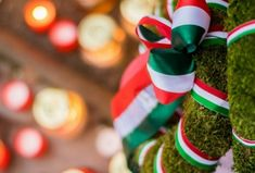 Arad: a magyar Golgota Christmas Ornaments, Holiday Decor, Christmas Jewelry, Christmas Decorations, Christmas Decor