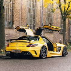 Discover luxury cars and a billionaire lifestyle at themonsyeursjourn... -  - #CarsandMotorcycles