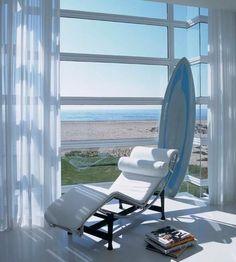 Chaise Lounge Le Corbusier 377,80 € www.livingestudio.com