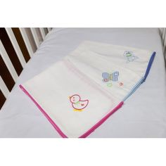 Fraldas Bordadas Diapers, Toddler Bed, 1, Embroidery, Baby, Furniture, Home Decor, Knits, Child Bed