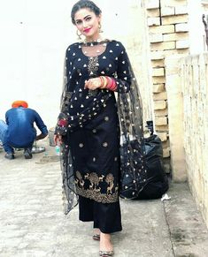 black color Designer salwar suits With palazzo Designer Salwar Kameez, Pakistani Dresses, Indian Dresses, Indian Outfits, Pakistani Sharara, Punjabi Fashion, Indian Fashion, Women's Fashion, Fashion Trends