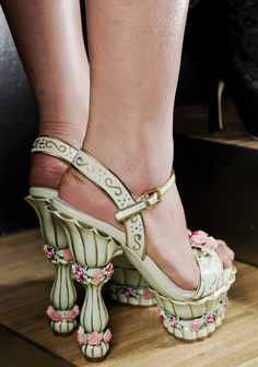 Shoes, with columns & roses, Dolce & Gabbana A/W 2012.13