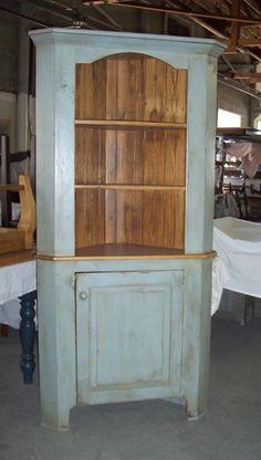 Corner hutch that sticks out Colonial Furniture, Primitive Furniture, Country Furniture, Distressed Furniture, Country Decor, Painted Furniture, Refinished Furniture, Country Style, French Country