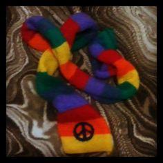 Peace on earth, peace on scarf!