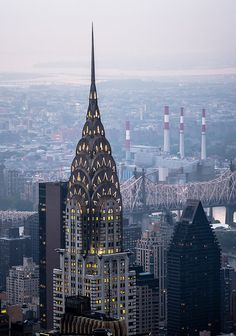 Trip to NYC - Chrysler building Places To Travel, Places To See, Chrysler Building, World View, New York Travel, Empire State Building, New York City, Bali, Nature Photography