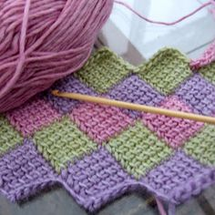 Wool n Hook. This could be an absolutely beautiful christmas blanket with blues and whites :)