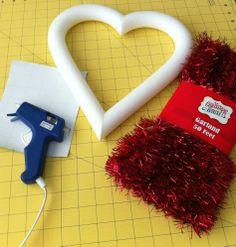 DOLLAR TREE VALENTINE DECOR | Easy Dollar Tree DIY Valentine's Day Wreath | Valentine's Day