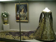 Court Dress worn by Alexandra Feodorovna (born Princess Charlotte of Prussia, 1798-1860) - Empress Consort of Russia - wife of Tsar Nicholas I and mother of Tsar Alexander II