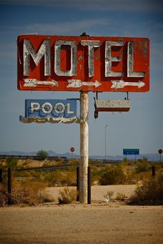 Lost Motel by Thomas Downs Old Neon Signs, Vintage Neon Signs, Old Signs, Station Essence, Retro Signage, Hotel Motel, Googie, Le Far West, Route 66