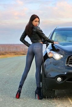 Sexy, Sexy women and Fit on Pinterest