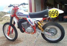 Ktm Dirt Bikes, Motocross Bikes, Dirt Biking, Random Stuff, Motorcycles, Racing, Life, Vintage, Motorbikes