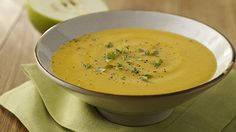 EASY VEGETARIAN SPICED PUMPKIN AND APPLE SOUP