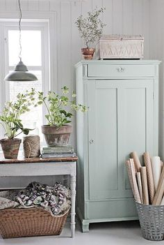 Painted Linen Cabinet - painted with Fusion Mineral Paint in the color 'Inglenook' - via Vibeke Design Rustic Farmhouse, Farmhouse Style, Swedish Farmhouse, Cottage Farmhouse, Cottage Chic, Casas Shabby Chic, Swedish Decor, Scandinavian Style, Swedish Cottage
