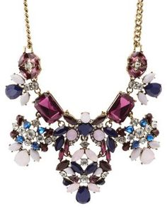 Vintage-Inspired Rhinestone Statement Necklace