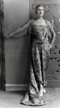 Paul Poiret outfit, 1927.
