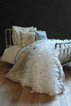 https://flic.kr/p/sg9HBw | Custom bed linens