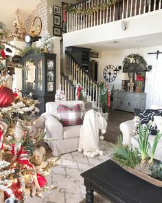 Welcome To My Christmas Home Tour * Hip & Humble Style